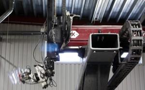 En maskin i tillverkningsprocessen.